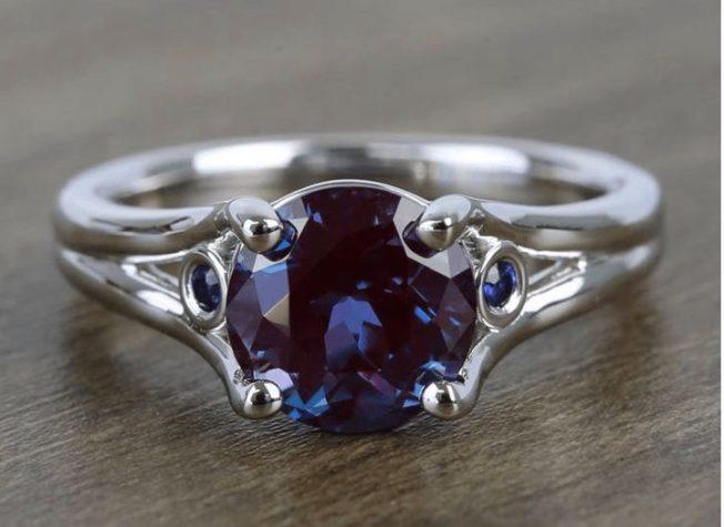 Александрит — камень, который почти невозможно купить