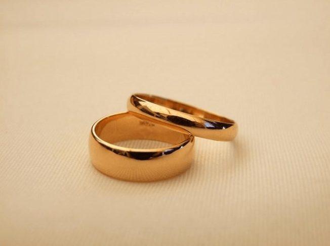 4 цвета золота: выбираем ювелирный сплав обручальных колец