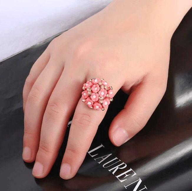 Кольца из ювелирной керамики: почему это модно