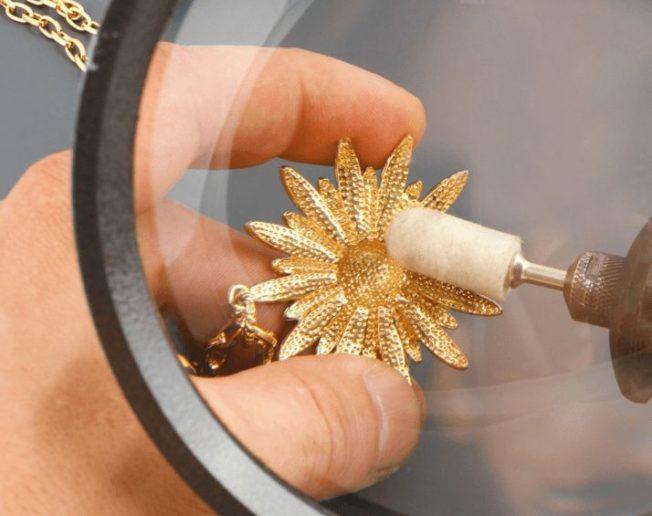 Как ухаживать за золотыми изделиями. Чистка: домашняя и профессиональная.