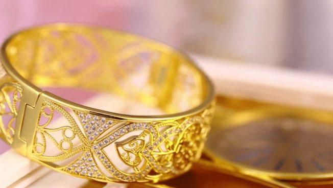 Не золото, но почти: доступные аналоги ювелирных изделий