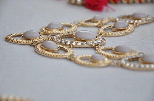 Ожерелье - традиционное женское украшение