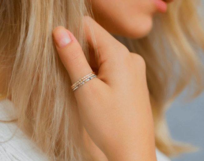 Кольца на большой палец: украшение с подтекстом