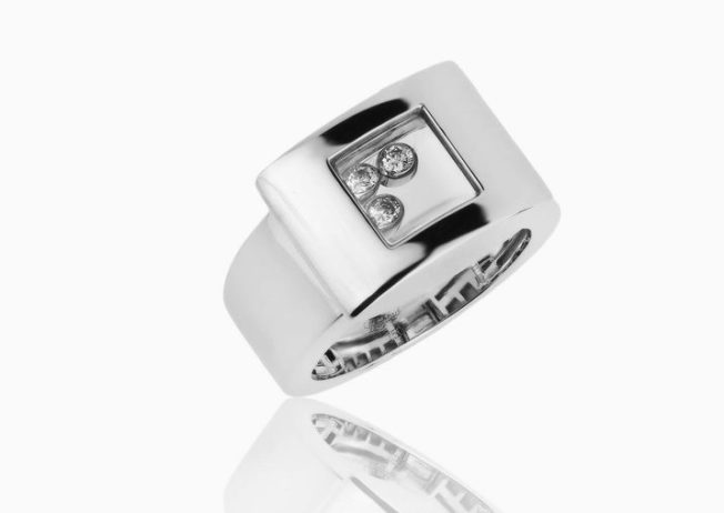Кольца с «танцующими» бриллиантами