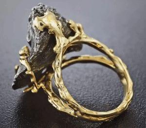Кольца с метеоритом — украшения неземной красоты