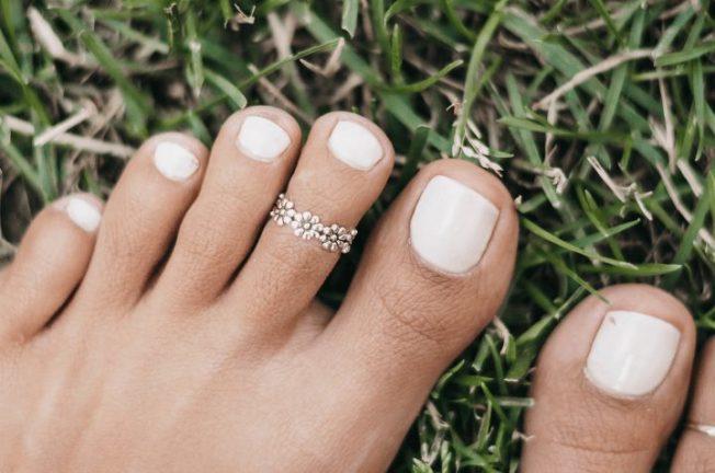 Кольца на палец ноги: выбираем с умом