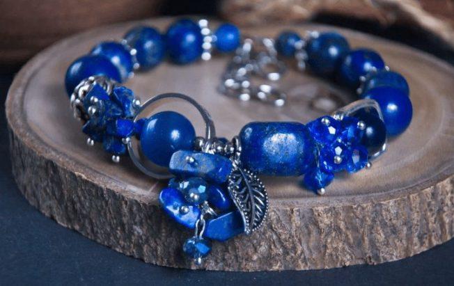 Лазурит — камень цвета небесной синевы