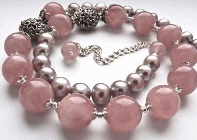 Розовый кварц — самый нежный драгоценный камень