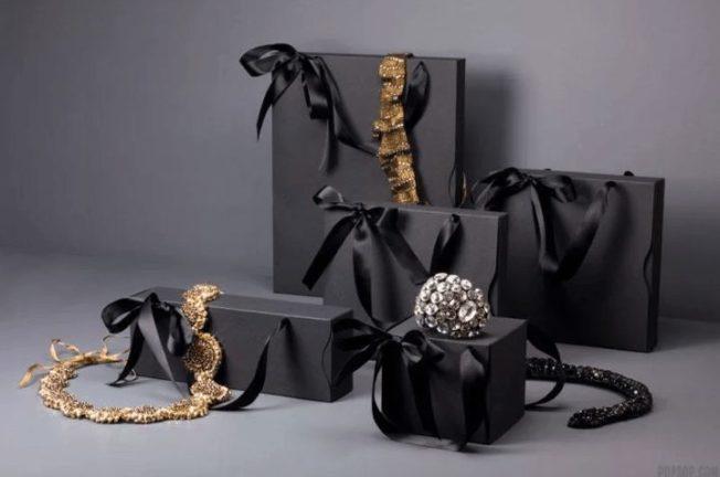 Упаковка для ювелирных изделий: в чем дарить