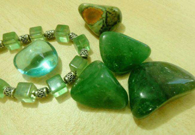 Жадеит — камень от почечной боли