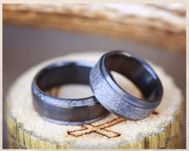 Гипоаллергенные циркониевые обручальные кольца