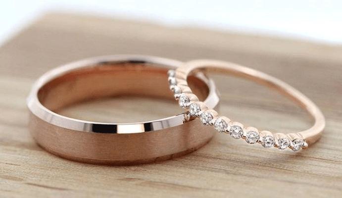 Чем отличаются помолвочные кольца от обручальных? Как выбирать ...