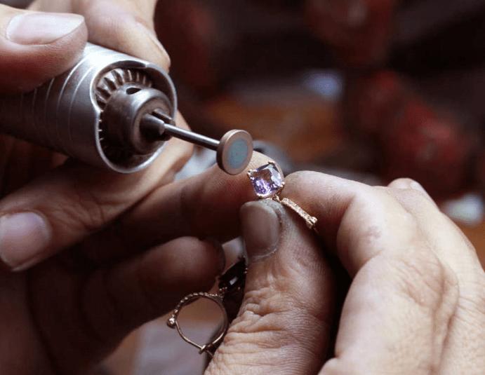 Как самостоятельно узнать размер пальца?