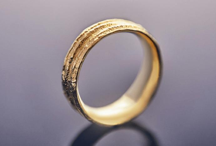 Купленные или подаренные – какие обручальные кольца лучше?