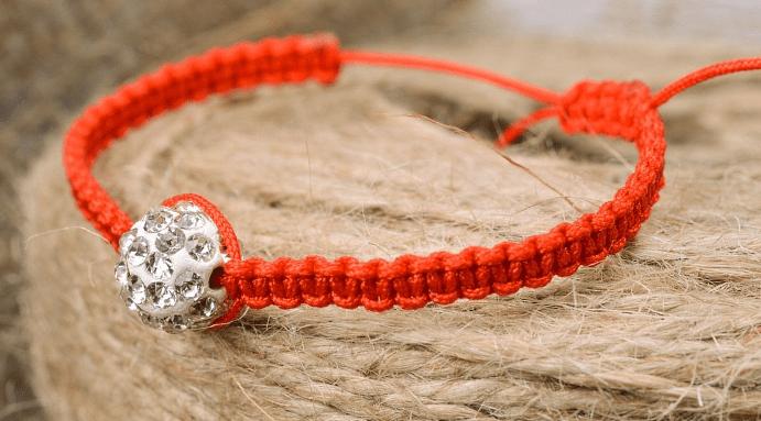Советы начинающим рукодельницам: как завязать узел на браслете