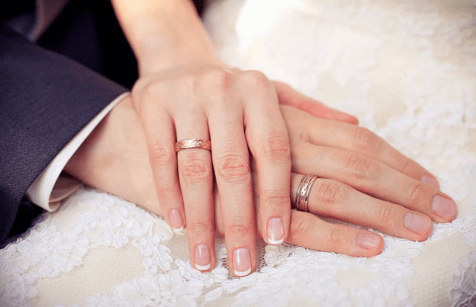 Как правильно выбрать свадебные кольца для счастливой жизни?