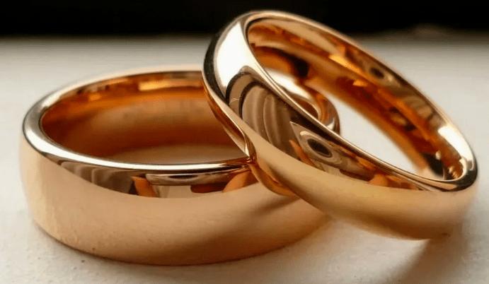 Приметы об обручальных кольцах: что можно, а что нельзя?