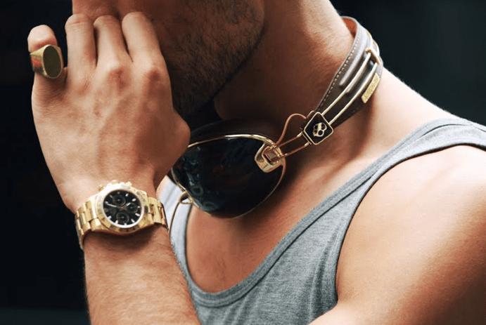 Перстень на мужском мизинце: о чем говорит?