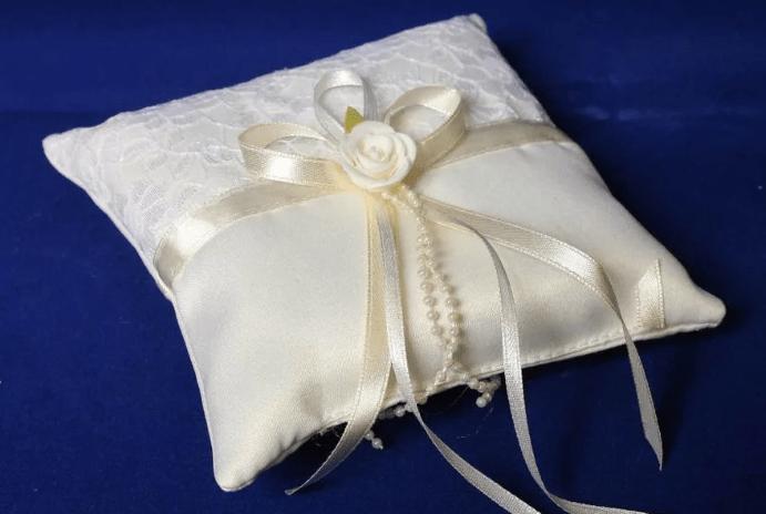 Что требуется для производства подушки для колец?