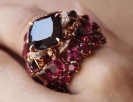 Родолит — камень, подобный розе