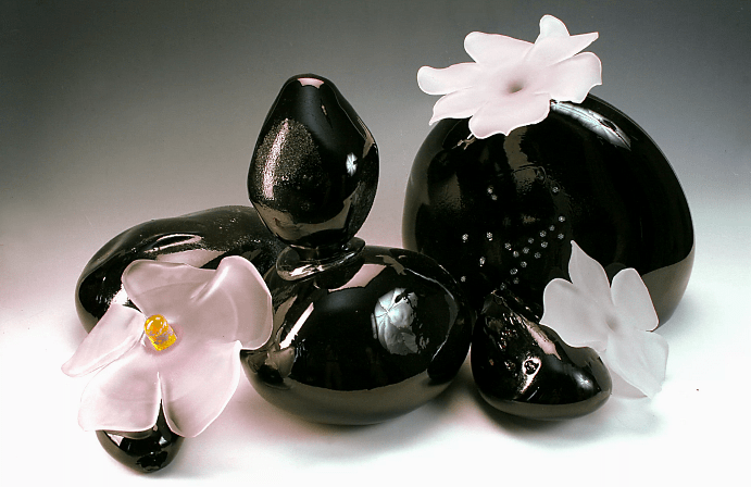 10 удивительных черных камней