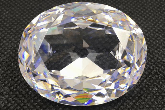 Кох-и-Нур — легендарный алмаз, приносящий несчастья. Откуда взялся камень