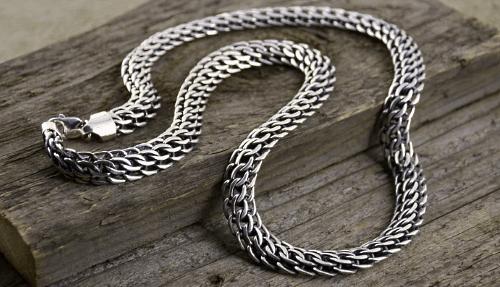 Серебряные цепочки – самые популярные виды плетения. Питон