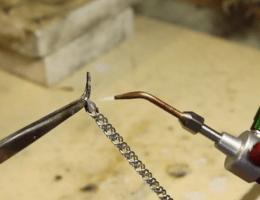 Как запаять серебряную цепочку: восстанавливаем украшение в домашних условиях