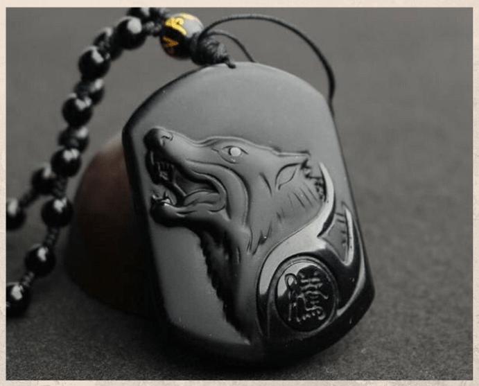 Подвеска Волк: бесстрашный, преданный, злой. Варианты оформления