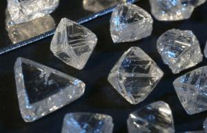 10 бесцветных драгоценных камней