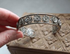 Украшения из мельхиора: холодная красота немецкого серебра