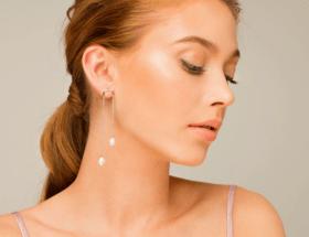 Что значит серьга в правом ухе: женская мода на одиночные серьги