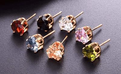 Золотые серьги с бриллиантами: лучшие идеи 2020. Гвоздики (пусеты)