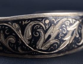Оксидированное серебро: внешний вид, правила ухода, особенности технологии