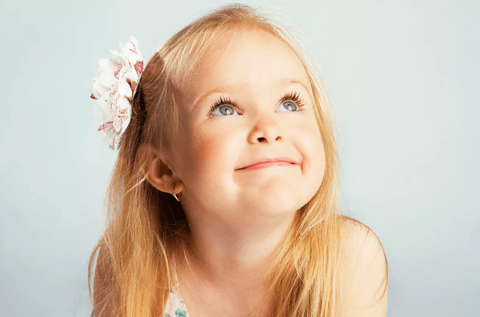 Сережки для девочек 5 лет: золотые и серебряные модели 2020 года