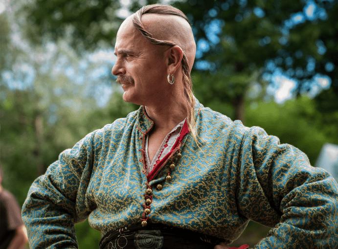 Что значит серьга в ухе мужчины?