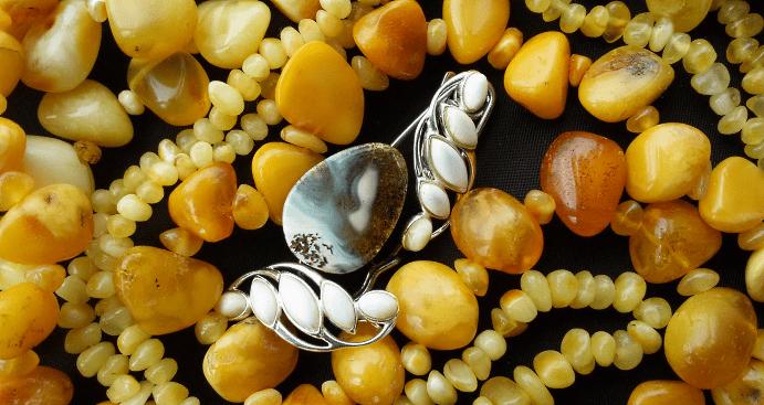 10 желтых драгоценных камней
