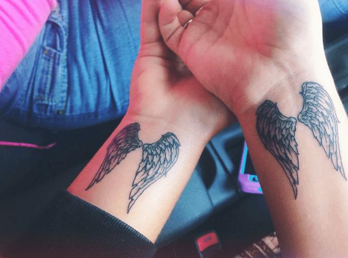 Парные тату крылья