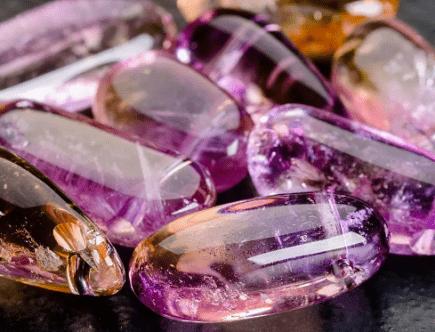 10 розовых драгоценных камней