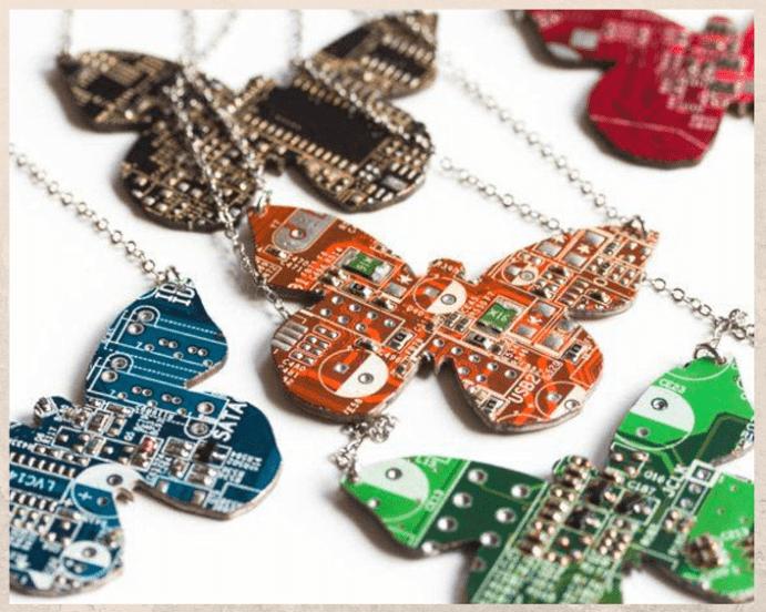 Ювелирные украшения для программиста: оригинальные идеи подарков. Ожерелье