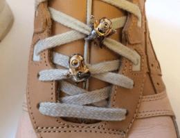 Украшения для шнурков: шармы, подвески и дюбре