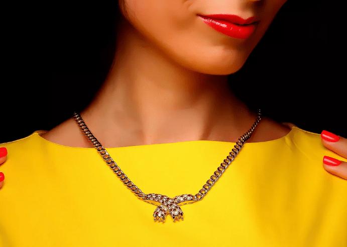 Обзор ассортимента украшений с рубином в золоте. Золотое колье цепочка с рубинами и бриллиантами