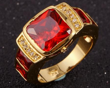 Обзор ассортимента украшений с рубином в золоте. Перстень с рубином