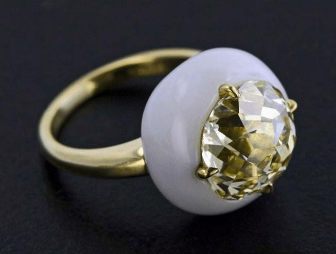 Кахолонг кольцо, цвета и свойства камня