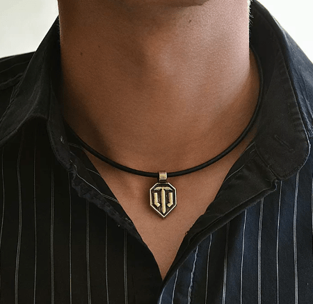 Стильные ювелирные украшения на шею для мужчин. Бронзовая подвеска