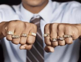 Золотые ювелирные украшения для мужчин: простые секреты идеального образа