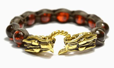 Виды изделий с янтарем для сильной половины человечества. Янтарный браслет и драконы