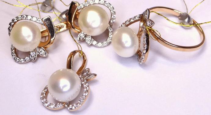 Правила ухода за украшениями с жемчугом в золоте
