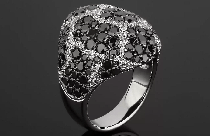 Украшения с черными бриллиантами. Кольцо перстень