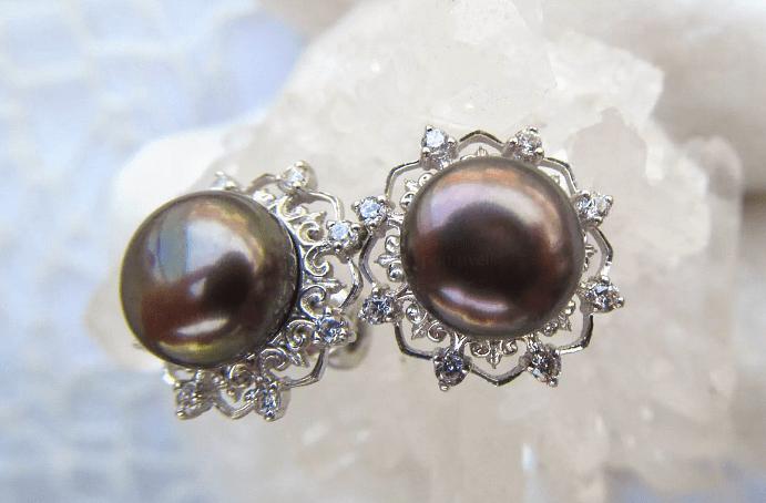 Черный жемчуг: виды украшений. Серебряные серьги с жемчугом